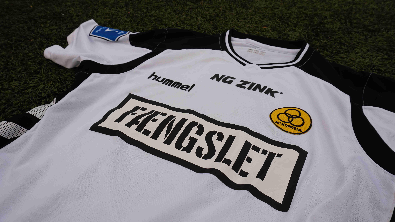 ce84a58dc55 BJARKE JACOBSEN Matchworn AC Horsens-trøje - Dear Football