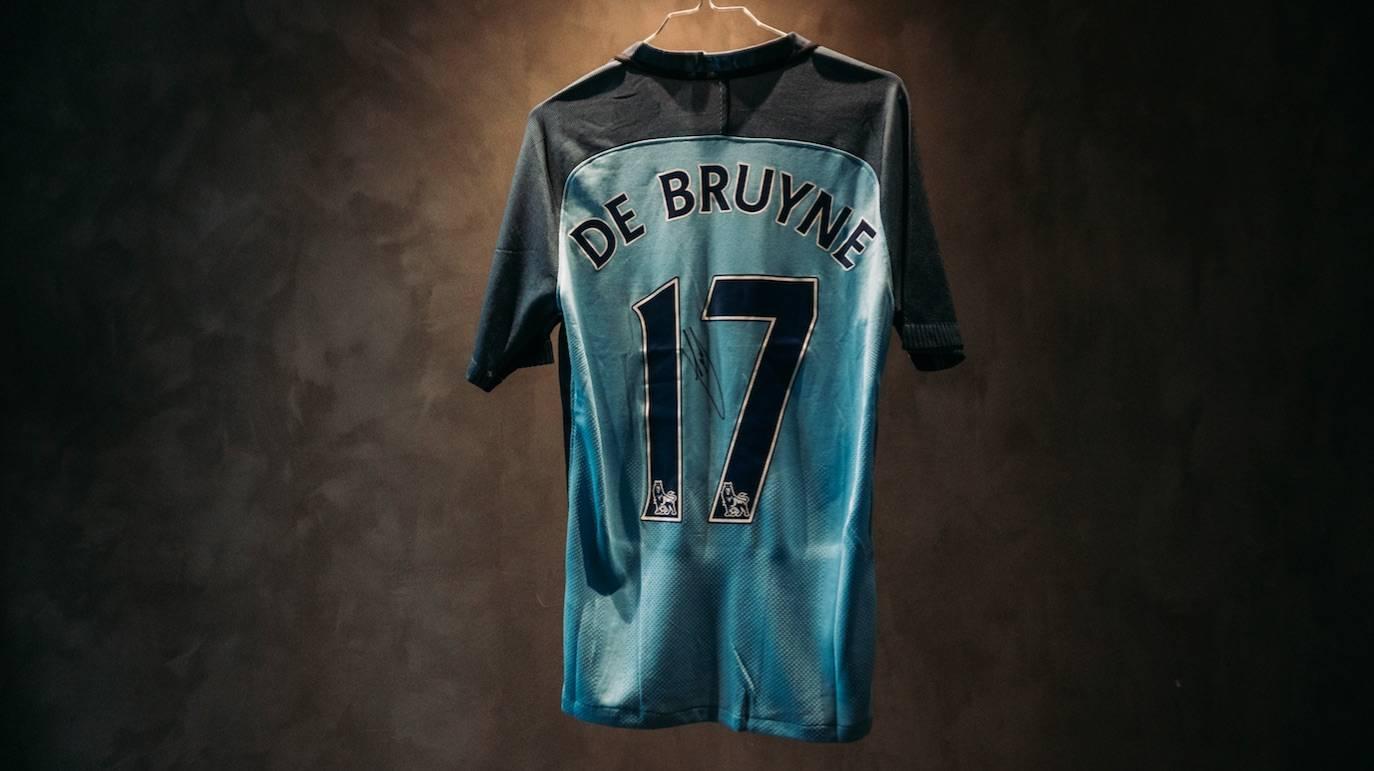 KEVIN DE BRUYNE  Signeret Manchester City-trøje