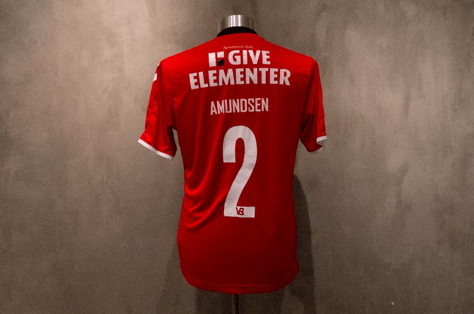 Malte Amundsen  Matchworn & Signeret Vejle-trøje