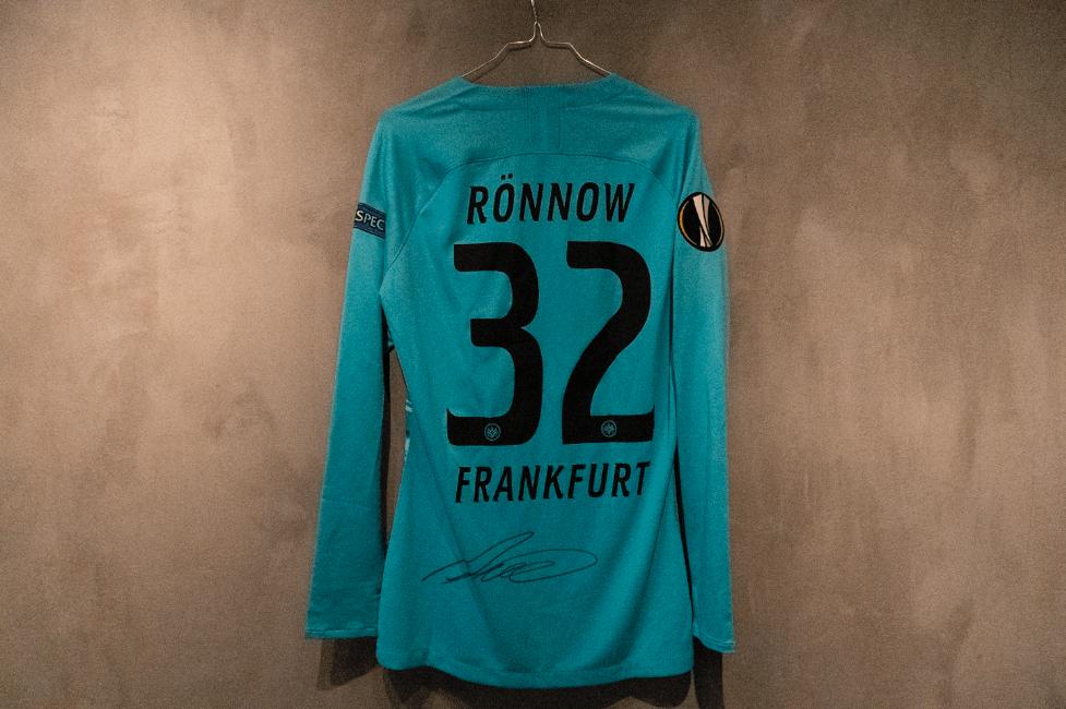Frederik Rønnow  Matchworn & Signeret Frankfurt-trøje